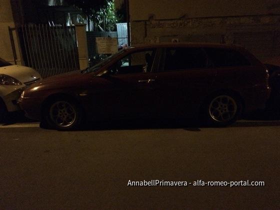 Italienisch parken...da passte nichts mehr zwischen