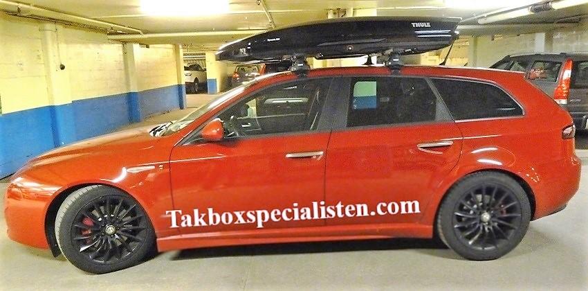 Takbox Thule Dynamic M800 Svart högblank på Alfa Romeo 159 Sportwagon -  carparts.se